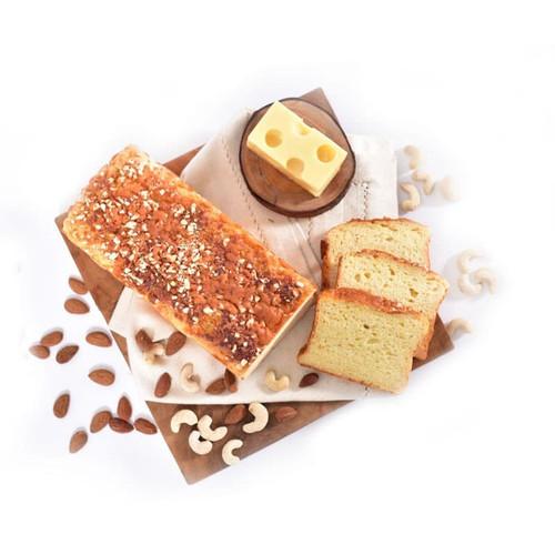 Foto Produk Organic Skinny Toast 1/2 Loaf - SESA Pastry dari SESA Official