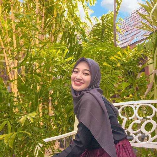 Foto Produk Cornskin Premium Original - Ghayda Hijab - Graphite dari dnClo
