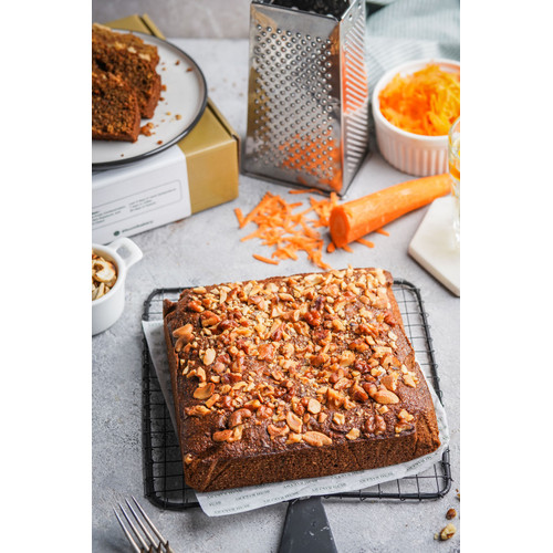 Foto Produk Whole Carrot Cake by Bumi Bakery - 18x18x5cm dari Lesssalt diet