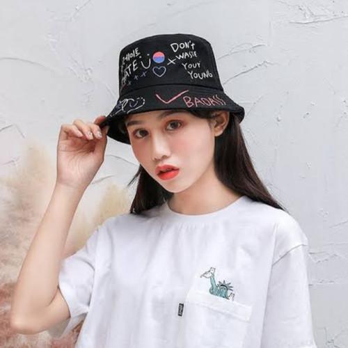 Foto Produk TERMURAH TOPI BUCKET KOREA LAKI CEWE SABLON BADAS BOLAK BALIK PANTAI - Hitam, All Size dari Celanain_Store