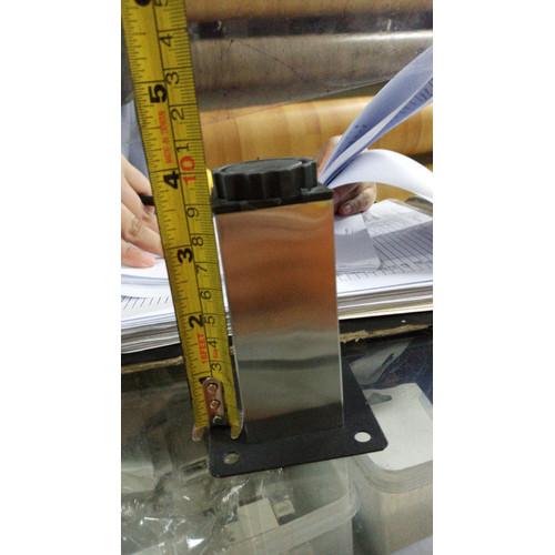 Foto Produk Kaki Sofa Kotak tinggi 10 cm Satin Stainless SS Kaki Meja , Nakas dari WINSTON SUKSES ABADI