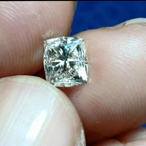 Foto Produk Berlian Asli Bersertifikat Yg di TTD Lulusan GIA berat 1carat up dari Emas Logam Mulia
