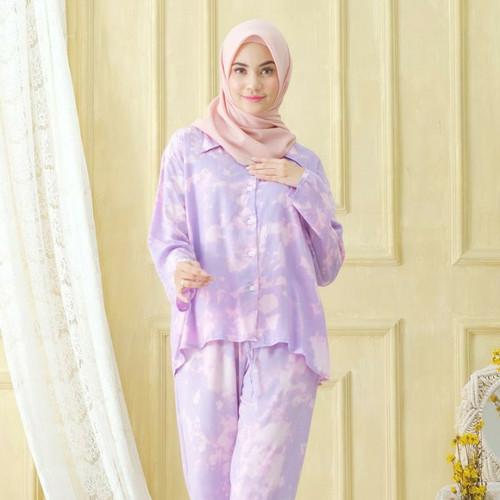 Foto Produk Galaxy Purple Sleepwear / Pajamas One Set - Lengan Panjang dari Amani Indonesia