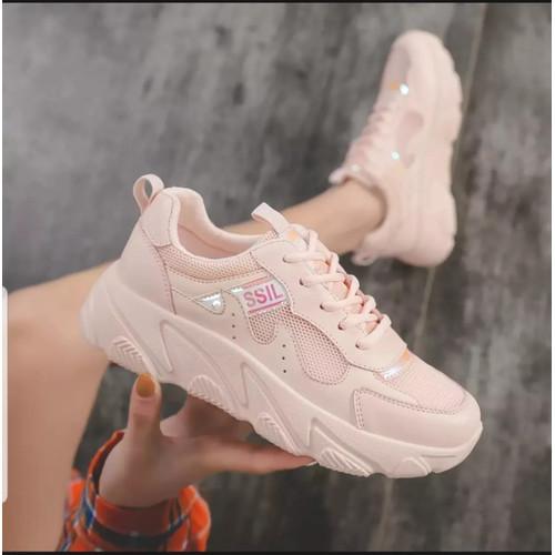 Foto Produk Sepatu sneakers wanita CLASSIL simple - Merah Muda, 37 dari Tokoshoes.co