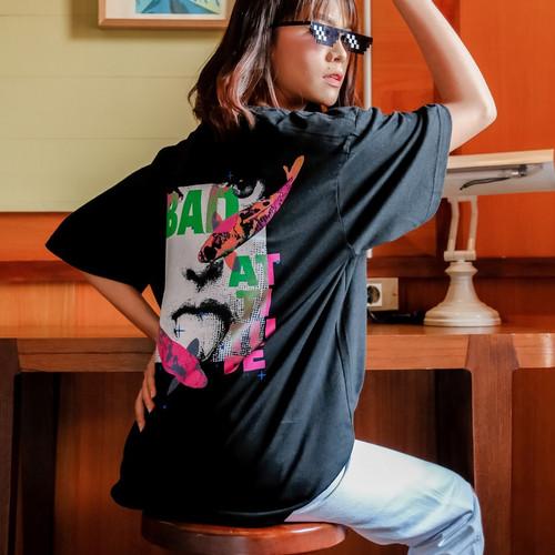 Foto Produk JINISO T-Shirt Bad Attitude Oversize Tee | Kaos dari JINISO.ID