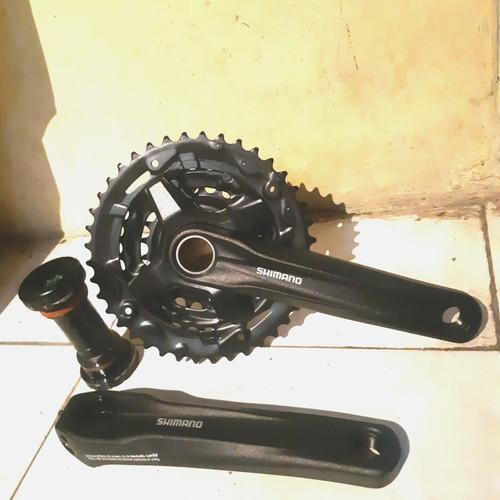 Foto Produk crank shimano altus mt210 ht2 include bb 40-30-22 dari farras bikes