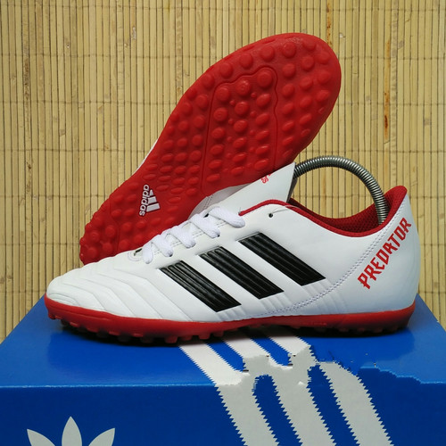Foto Produk Sepatu Futsal Adidas Predator Gerigi Komponen Ori - Putih, 40 dari Ryou Sport