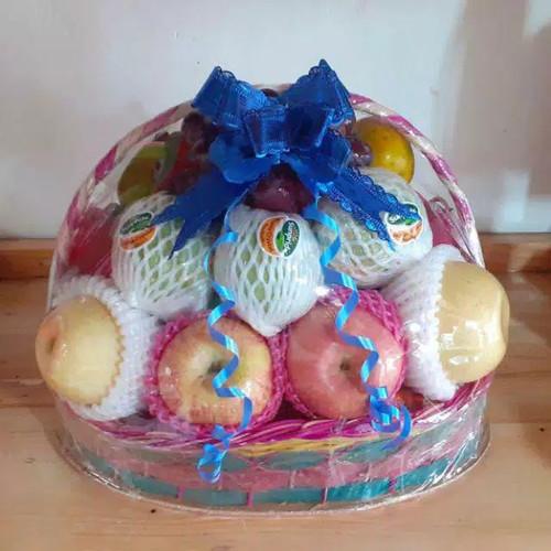 Foto Produk parcel buah segar lengkap keranjang kecil dari Kilauberkah