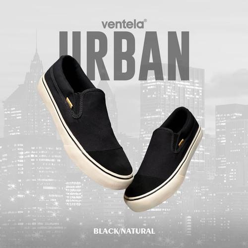 Foto Produk Sepatu Ventela Urban Slip On Black Natural Hitam Putih - 36 dari ggry