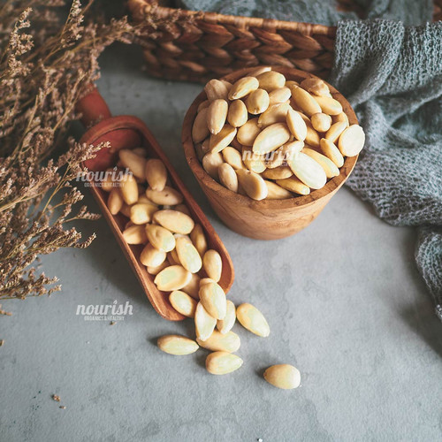 Foto Produk Almonds Blanched Whole (almond tanpa kulit) 250 gr dari Nourish Indonesia