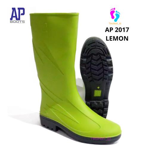 Foto Produk AP Boots 2017 Hijau lemon - Sepatu Boot Kerja Karet Hijau Tinggi Boots - Hijau Lemon, 37 dari TwoFeet_id