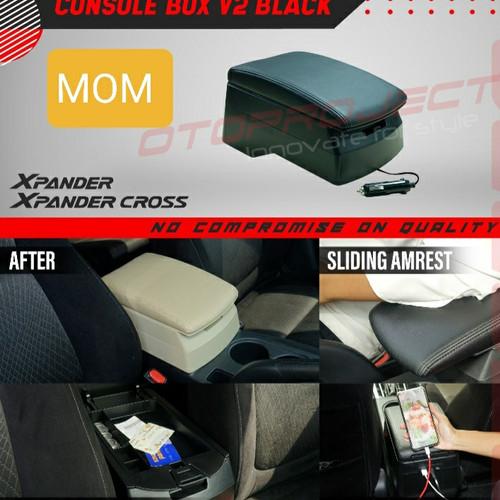 Foto Produk armrest tangan / console box hitam + usb V2 otoproject Xpander dari Mega Oriental Motor