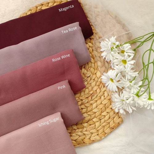 Foto Produk Hijab Wanita Ultimate Plain Scarf Voal Purple Series Diario - Rose Wine dari diario