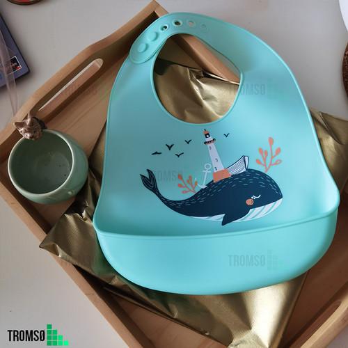 Foto Produk Tromso Children Silicone Bib/ Slabber Anak Silikon / Celemek Silikon 1 - Blue Whale dari Tromso Indonesia