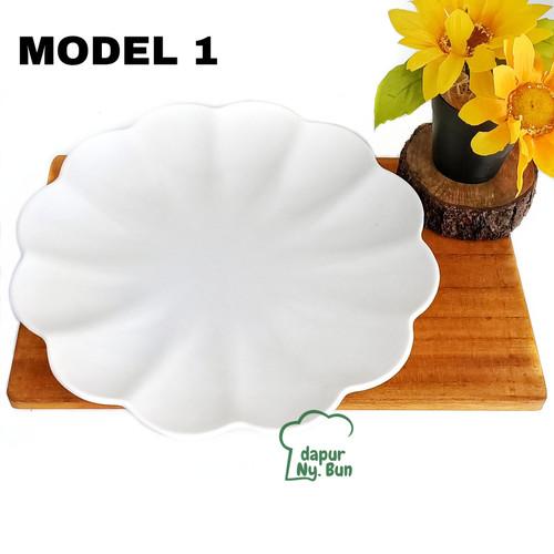 Foto Produk Piring Saji Melamin Model Bunga Teratai Unica Ukuran 10 Inch dari Dapur Ny.Bun