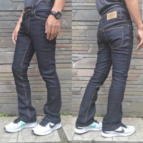 Foto Produk Celana Jeans Slimfit Pria Cutbray Blueblack   Flare   Hitam Garment - BLUEBLACK, 27 dari Grosir Bandung