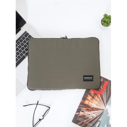 Foto Produk Wanderlust Tas Tempat Laptop Sleeve Notebook 14 inch Sedona Olive dari Wanderlustbag Official