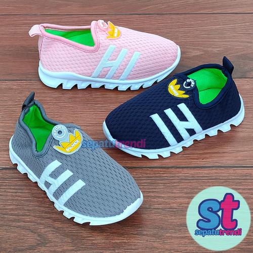 Foto Produk Sepatu Sneaker Slip On Anak Unisex Sporty Import Sol Karet Lentur dari Sepatu Trendi