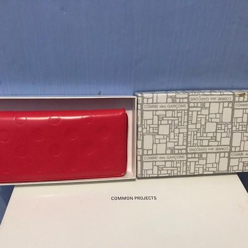 Foto Produk cdg wallet polka red dari Hyperival