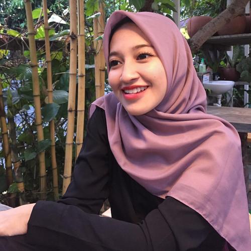 Foto Produk Pollycotton premium/ double hicon hijab / Delisha hijab - bold series - Black dari dnClo
