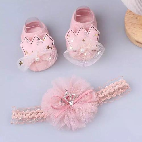 Foto Produk Kaos Kaki Bayi SET bandana Bando Bayi Newborn Mahkota Angel Bunga - Pink 4 dari Uloulo Shop