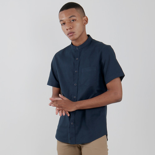 Foto Produk Edwin Jeans Linen Style Short Shirt Dax Navy - Biru, XL dari Edwin Jeans