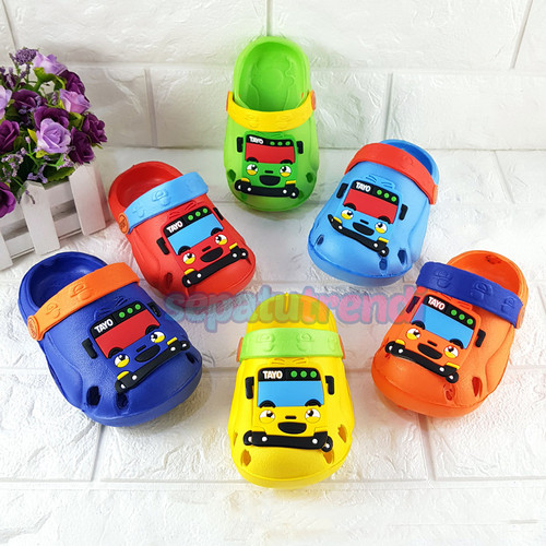 Foto Produk Sandal Baim Bapao Clog Anak Bayi Bus Tayo Ukuran 18-22 (Random Warna) dari Sepatu Trendi