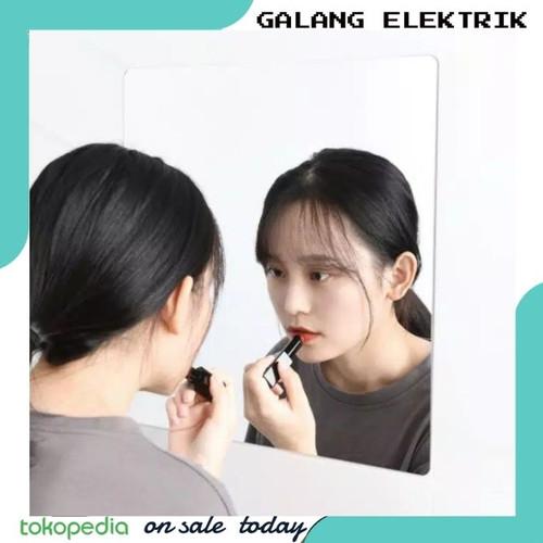 Foto Produk stiker kaca cermin tempel dinding sticker kaca cermin tempel - persegi dari Galang Elektrik