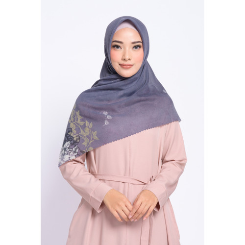 Foto Produk ZM Zaskia Mecca - Jola Plum Scarf Kerudung Segi Empat Wangi - All Size dari Zaskia Mecca Official