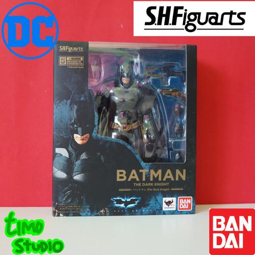 Foto Produk Bandai SHF S.H.Figuarts The Dark Knight Batman dari TimoStudio