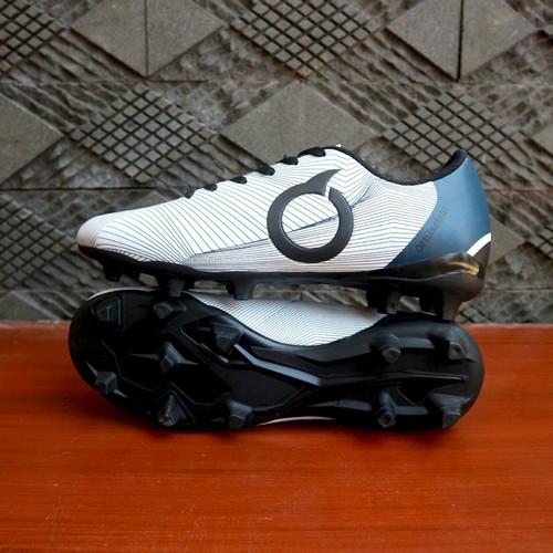 Foto Produk SEPATU BOLA PRIA ORTUSEIGHT PRODIGY PUTIH NAVY dari WAT   Footwear