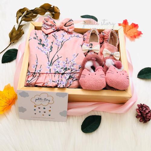 Foto Produk Selected Hampers Bayi - Petite Story Honey (E) - Baby Girl (0-6m) dari Petite Story