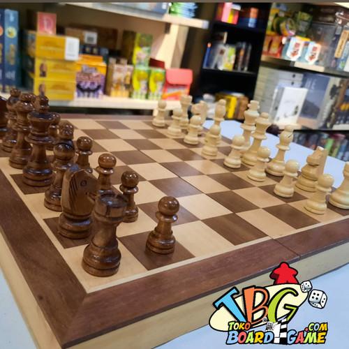 Foto Produk Premium Magnetic Chess Board Game - Papan Catur Magnet - 38x38 cm dari Toko Board Game