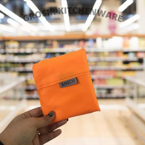 Foto Produk Tas Supermarket Baggu Bagcu Lipat Belanja Shopping Bag Jinjing Kain - Orange dari Grosir Kitchenware