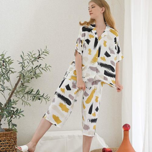 Foto Produk Kaia Set in White - Sleepwear / Piyama Baju Tidur Rayon by RAHA dari Raha Sleepwear