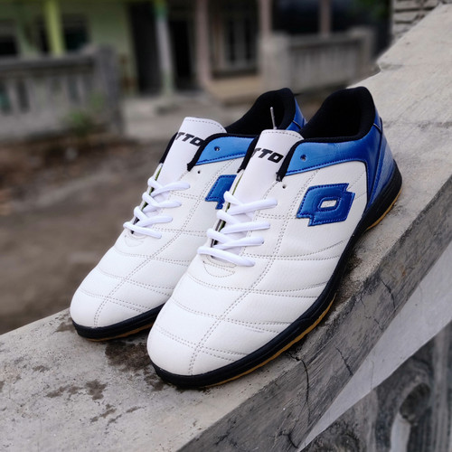 Foto Produk Sepatu Futsal LOTTO putih biru big size45-47 - Putih Biru, 45 dari kevin-khanza