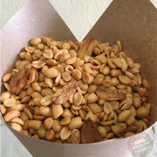 Foto Produk kacang Goreng Bawang Super dari Bikinanmaama