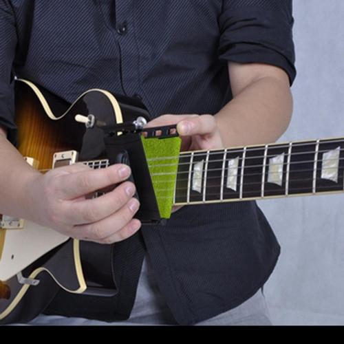 Foto Produk Alat pembersih senar gitar elektik /bass dari NONIE ACCESORIES