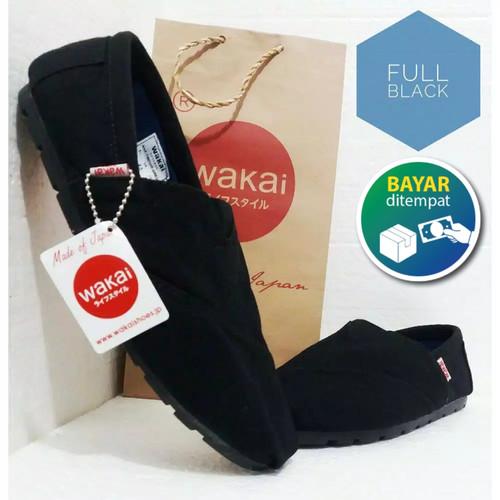 Foto Produk Sepatu Casual Slip On Pria & Wanita / Sepatu Wakai Hitam - Hitam, 36 dari ARFAKIDS SHOP