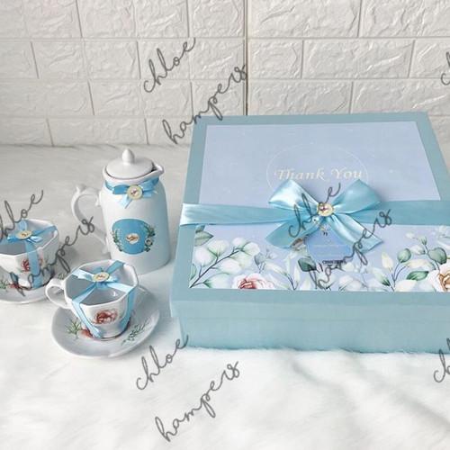 Foto Produk souvenir hampers mug jar dan cangkir lepek custom dari Chloe boetik