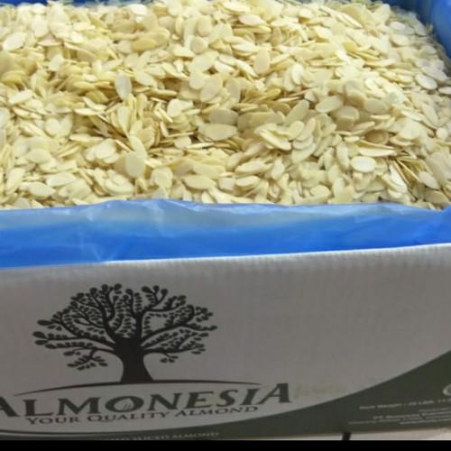Foto Produk almond slice almonesia 1 kg dari AA multyshop