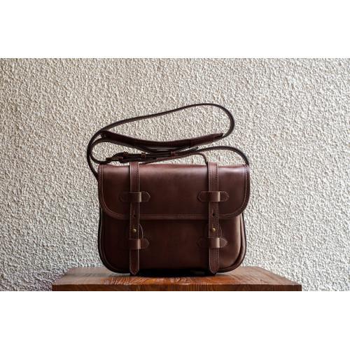 Foto Produk D.S. L Fox Large Leather Satchel dari letsdothis