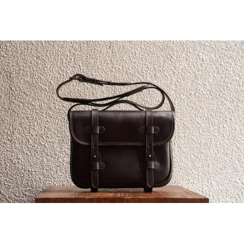 Foto Produk D.S. L Espresso Large Leather Satchel dari letsdothis