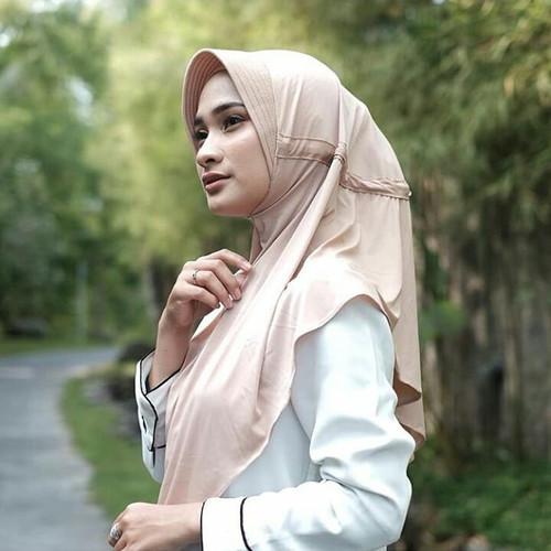 Foto Produk JILBAB SERUT POLOS JOKOWI / KERUDUNG HIJAB INSTAN KHIMAR PET ANTEM - coksu dari Adelia.Hijab