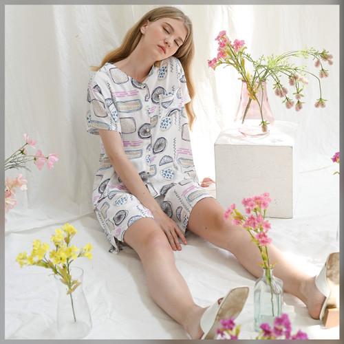 Foto Produk Varra Set in Cloudy - Sleepwear / Piyama Baju Tidur Rayon by RAHA dari Raha Sleepwear
