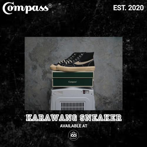 Foto Produk Sepatu Compass Gazelle 98 Vintage Hi Black dari Karawang Sneaker ID