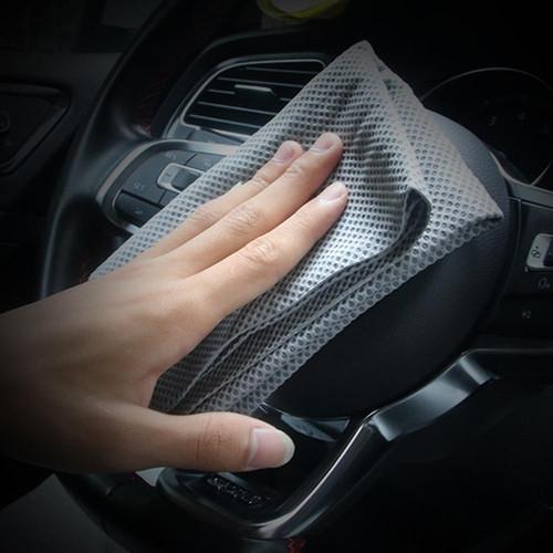 Foto Produk Lap Kanebo / Chamois Dotted Premium Quality Untuk Mobil / Motor - Grey dari Gentleman Car