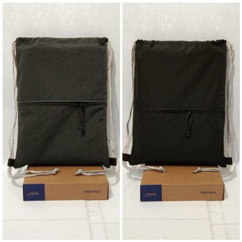 Foto Produk tas serut polos+sleting - Hitam, 32x45 dari sherly triyana store