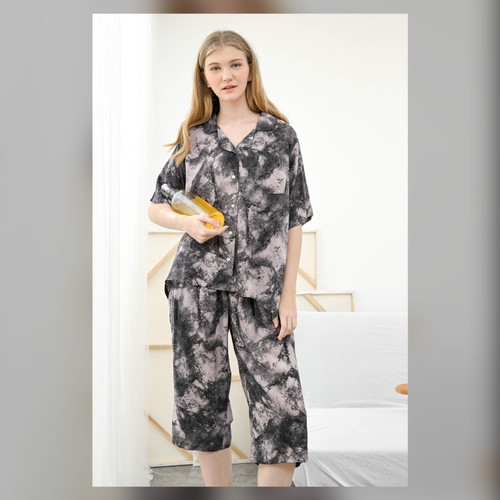 Foto Produk Kalla Set in Smoky Tiedy - Sleepwear / Piyama Baju Tidur Rayon by RAHA dari Raha Sleepwear