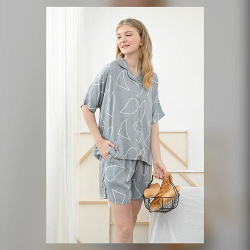 Foto Produk Sadie Set in Mint Abstract - Sleepwear / Piyama Baju Tidur Rayon RAHA dari Raha Sleepwear